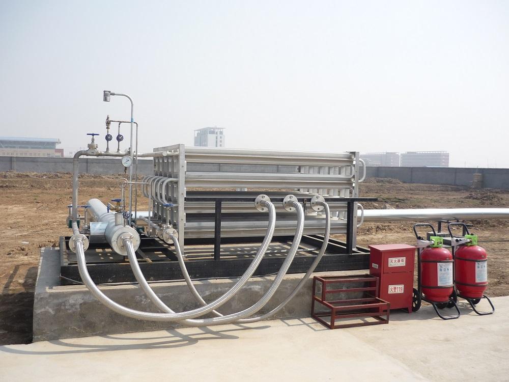 LNG卸车台