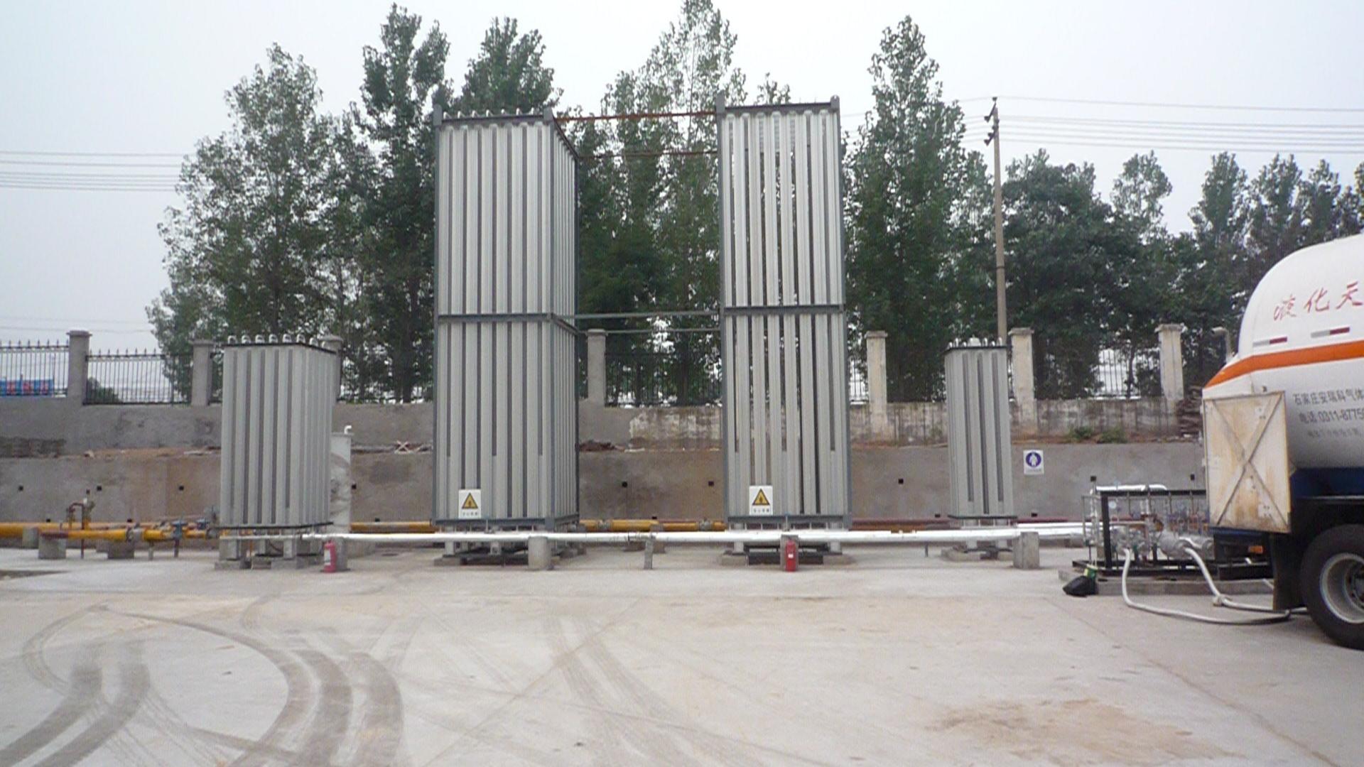LNG主气化器