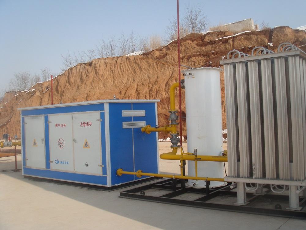 BOG+水浴式气化器+燃气调压撬装式2